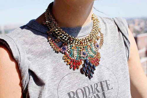 statement-jewellery-1-cascual-statement-necklace